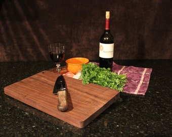 Walnut Cutting Board 3934