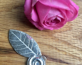 Silver rose necklace, Rose pendant, rose and leaf pendant, realistic rose, necklace, rose, Pure silver rose, silver rose pendant