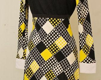 1960's Black & Yellow Mod Dress / Shift Dress / Wiggle Dress / Mad Men / Rare Collectable Retro