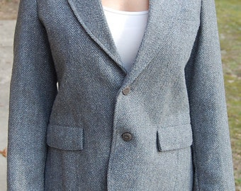 Women's tweed blazer with front button closure in grey and white | 70s wool jacket with pocket square & back split | Large | 8 | 10