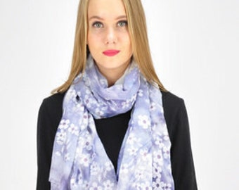 Daisy Print Purple Floral Scarf / Purple Scarf / Spring Scarf / Summer Scarf / Womens Scarves / Gift for her / Fashion Accessories