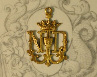 Vintage French Notre Dame de Lourdes Medal Pendant Our Lady Raw Brass Flat Back Monogram Pendant 1 Piece 73J  305J