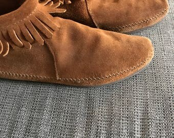 Vintage Moccasin Ankle Boots Brown Leather Fringe Hand Stitched Size 8