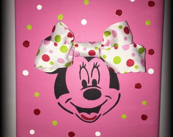 Minnie Mouse Dotted Bow Canvas