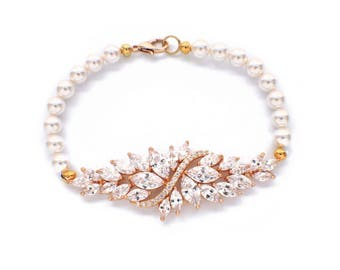 Crystal bridal bracelet, Gold pearl bracelet, bridesmaid gift, pearl bridesmaid bracelet, pearl bridesmaid jewelry, crystal jewelry, cz