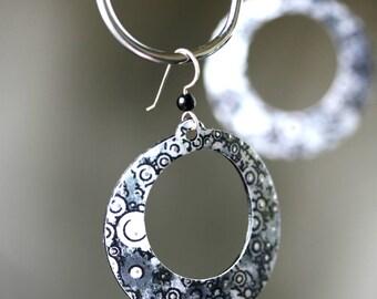 Black & White Circle Hoop Earrings - Medium