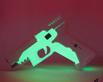 Major's Thermoptic Pistol - Ghost in the Shell - Glow in the dark! Accurate replica, 3D Printed.