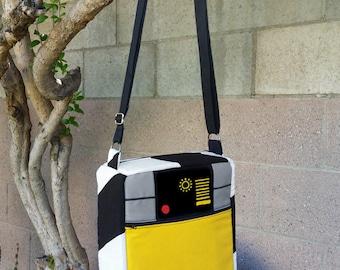 Shoulder Bag w/Adjustable Strap - Brave Little Robot