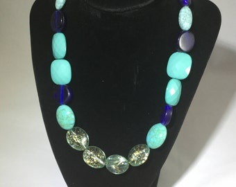 Blur Beaded Necklace