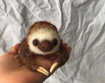 Needle felted Two toed sloth sloth