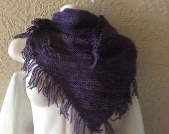 Knit shawlette with fringe