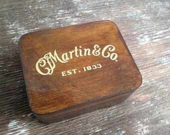 Martin & Co - Wooden Plectrum Box