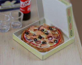 Smoked Salmon Pizza - 1:12 Dollhouse Miniature Food