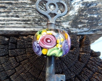 Secret Garden Key, Simply Lampwork by Nancy Gant SRA G55