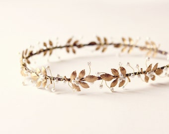 Gold leaf headpiece, Pearl and crystal circlet, bridal hair crown, Metal leaf headpiece, wedding circlet, golden crown, bridal headpiece