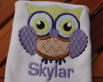 Owl Bib I'm A Hoot or Personalize with Name