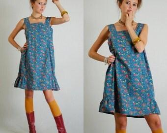 Calico Tent Dress Vintage 70s Blue Calico Floral Boho Prairie Tent Mini Dress (s m)