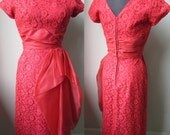 50's  Coral Lace Bombshell Hip Cascade Spring Cocktail Party Dress