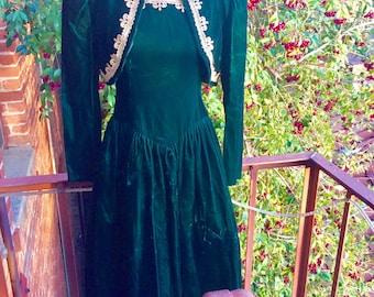 Gunne Sax Dress - Jessica McClintock - Green Velvet Dress - holiday dress - Renaissance style dress - Xmas - formal - tulle - teen size 10