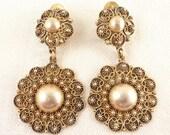 Vintage Etruscan Style Gilt Silver Dangling Flower Shape Clip On Earrings