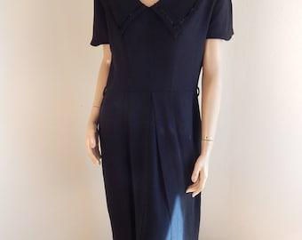 black vintage dress, all rayon, sailor style, 1940s, velvet trim, large collar