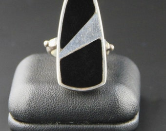 Vintage Minimalist Ring, Modernist Ring, Sterling Silver Ring, Onyx Geometric Ring, Mod Ring, Size 5 3/4 Ring, Atomic, Mid Century, 60s Ring