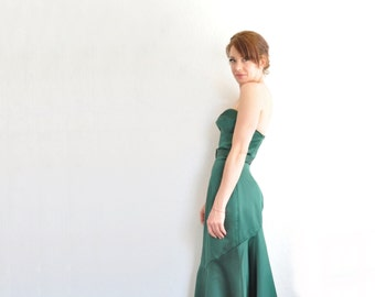 hunter green 1940 style starlet gown . strapless sweetheart dress . flared mermaid skirt .small