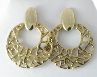 Vintage Large Gold Tone Doorknocker Pierced Post Earrings  (E-1-3)