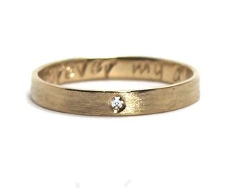 10k yellow gold and 0.01 ct diamond, 3mm ring band personalized text, inside or outside, 10k yellow gold brushed finish, 0,01 ct diamond