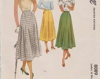 McCall 8089 / Vintage 50s Sewing Pattern / Skirt / Waist 28