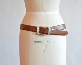 SALE / Vintage made in ITALY leather belt