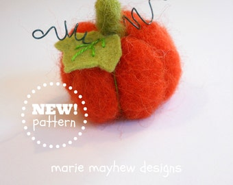 KIT-PATTERN. A Needle Felting Kit. Woolly Pumpkin Ornament Kit. Great Holiday Gift Idea. For Beginners.