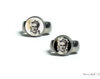 Frida Kahlo Unique Painting Titanium Ring | Hypoallergenic jewelry | Mexican Feminist Artist Unique Gift For Her Frida Kahlo lovers