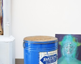 Large Bakerite Blue Tin