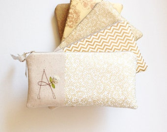Gold Wedding Clutches, Personalized Gold Bridesmaid Gifts, Metallic Gold Monogram Bags for Wedding Party, MADE TO ORDER