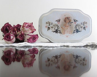 Romantic Victorian Style Candy Tin Shabby Chic Lithograph Metal Storage Box Vintage Sweet Images Of Flowers Roses Girls Children Florals