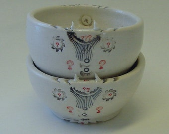 Two Small Porcelain Pointed Questions Bowls