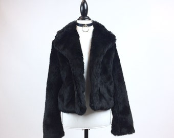 90's Thick Black Plush Cropped Faux Fur Coat with Big Collar // M