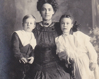 We Wish You A Merry Christmas- 1900s Antique Photograph- Edwardian Family- Mother and Children- Real Photo Postcard- RPPC- Paper Ephemera