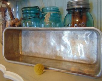 Vintage Metal Baking Pan (succulent center piece, candle holder, fairy garden)