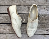 9 M | White Leather Brogue Wingtip Oxfords by