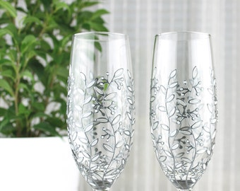 Champagne Glasses, Wedding Glasses, Toasting Glasses, Silver & White Floral Design, Floral Champagne Flutes, Set of 2