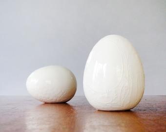 Vintage Environmental Ceramics Shaker Set White Win Ng Design