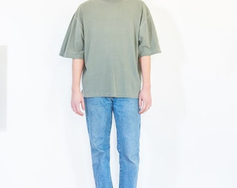 90s Pale Green Boxy Sleeve T-Shirt