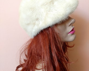 1960s White Mink Hat with small brim, small size 21, mod 60s winter hat gift