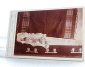 Victorian Post Mortem Photograph Antique Cabinet Card 1800s Dead Girl