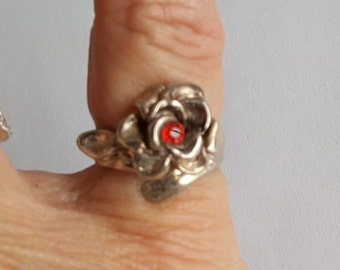 Sweet Rose Ring - Red Stone, Silver - Size 5