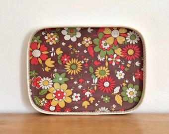 Retro cool wood serving tray with flower power decor and white plastic edging. Groovy serving tray.