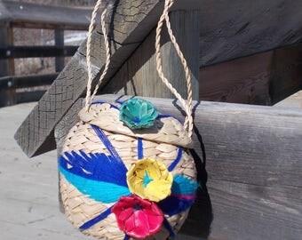 vintage woven straw bag basket bag raffia souvenir bag mexico- 70s