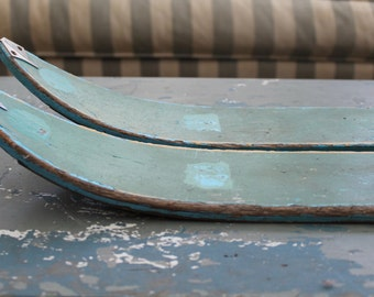 Old Wood Skis // Turquoise Green // Prop // Cabin Decor
